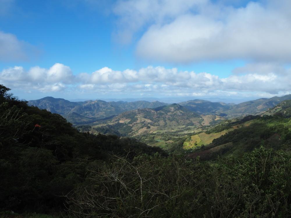 Grandioser Blick in die Berglandschaft Nicaraguas